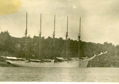 ship2010.082